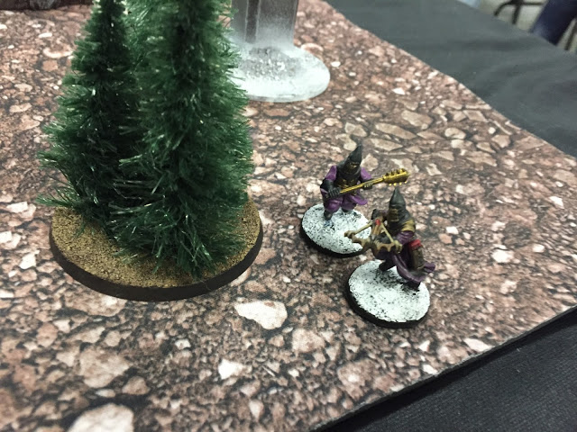 Cultists advance up the side