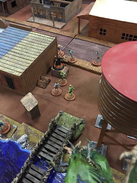 Miniature Zombies vs Cowboys