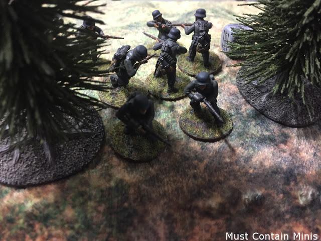 WW2 Heavily armed German troops