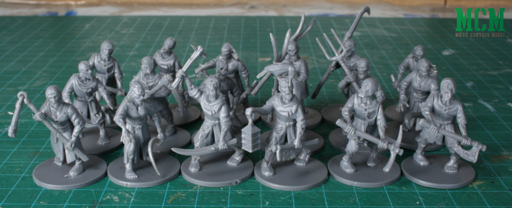 18 Living Dead Peasants for 28mm gaming