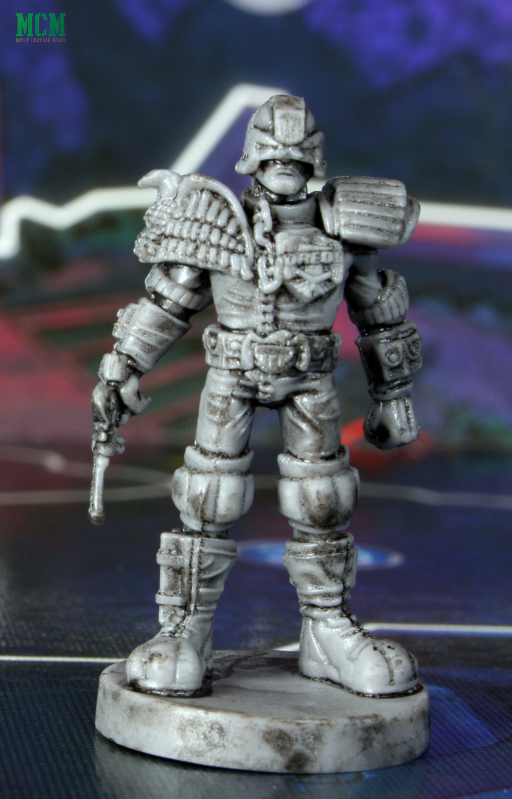 Judge Dredd Board Game Miniature close up picture - review of model details