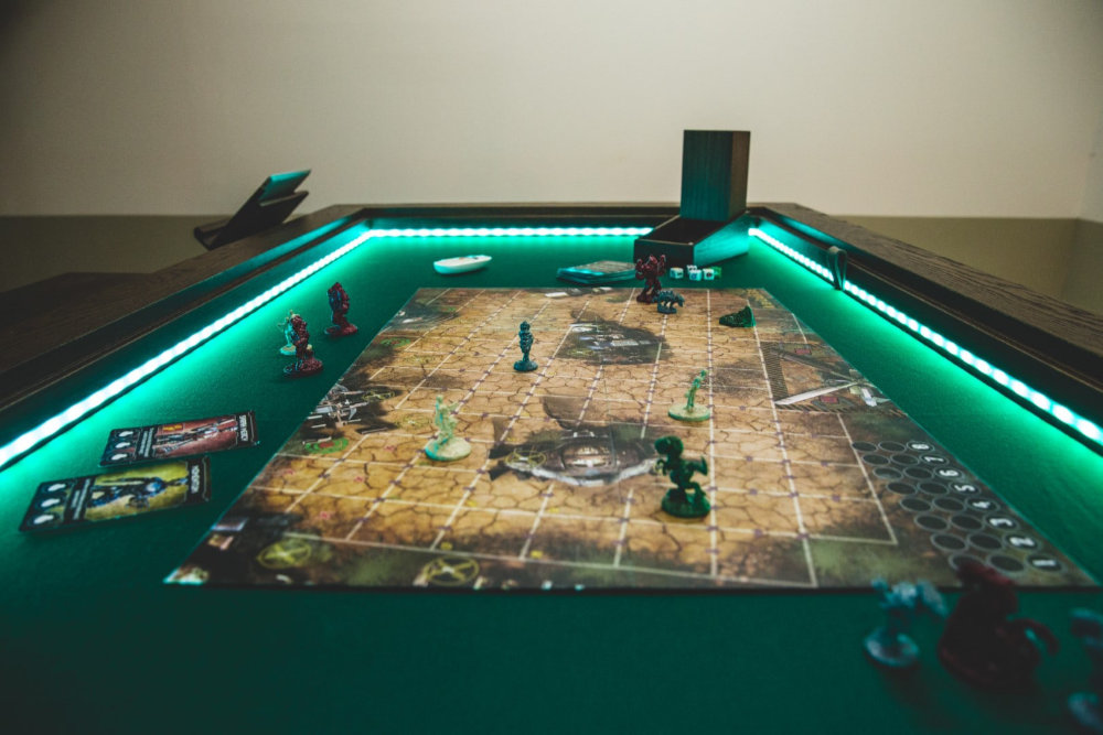 The Rathskeller Councilor table. This would make a beautiful miniature wargaming table.