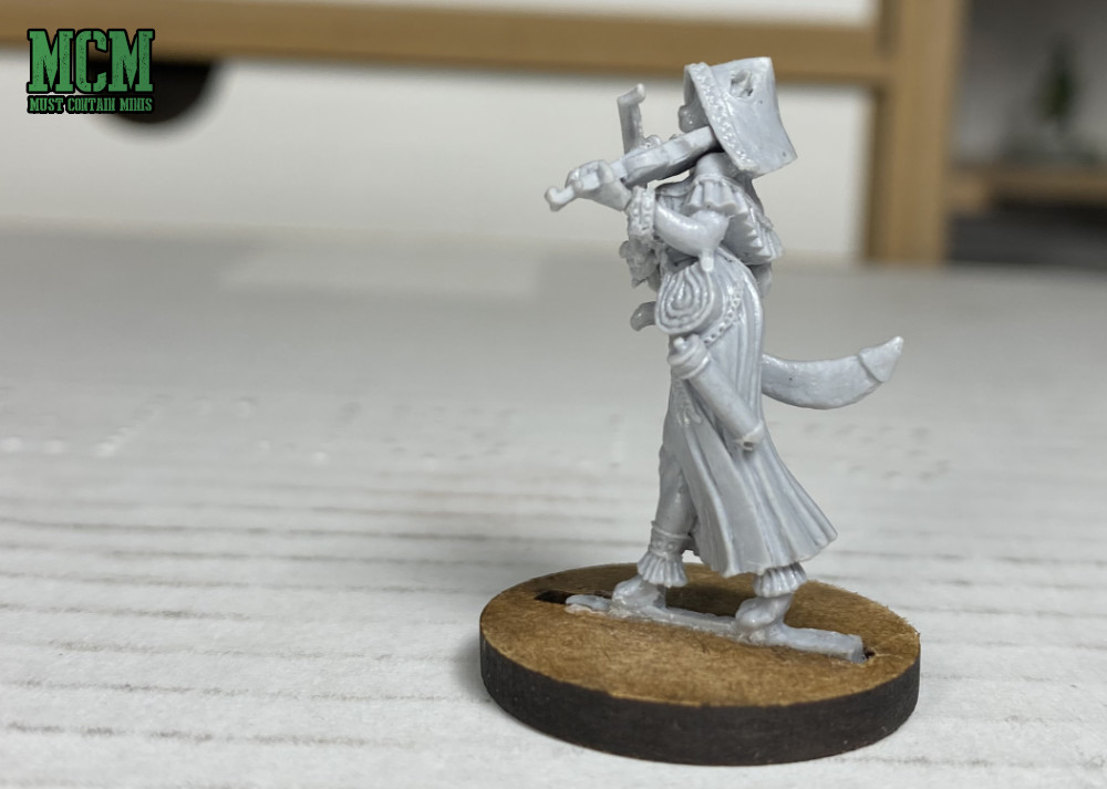 Kathja side profile miniature - Female Feline Miniature for RPG games - Dungeons and Dragons.