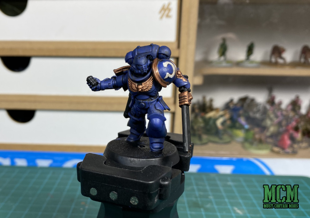 How to Paint Space Marine Miniatures for Beginners   Painted Ultra Marines in Recommended GW Colours