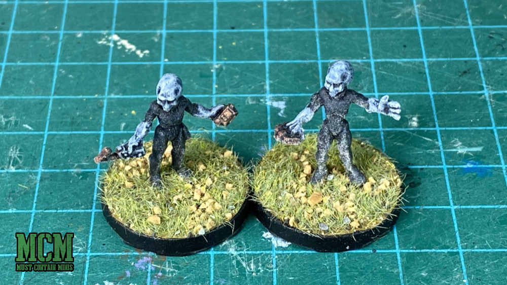 Painted Gray Alien miniatures by Reaper Miniatures - How I based the figures.