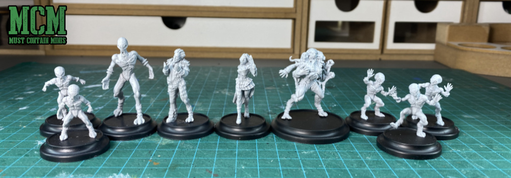 unpainted miniatures of the Cerulean Clade Posse