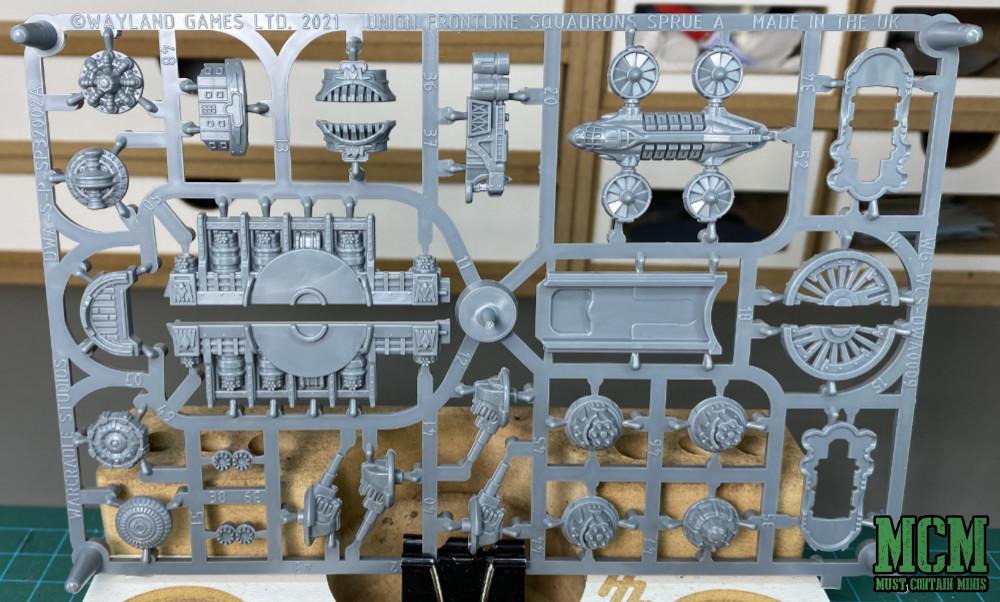 Constitution Battlefleet Review - Second Sprue
