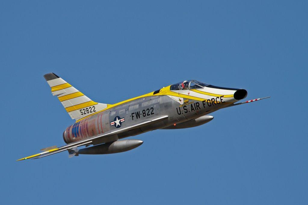 F-100 D