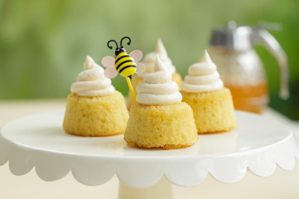 Beehive Cakes_006