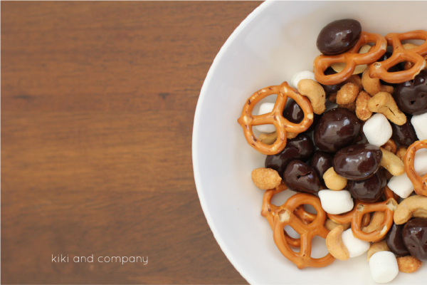 #dovefruit snack mix from kiki and company. Need to try this!