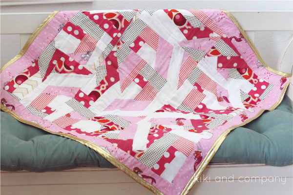 Mixed up Block Quilt at kiki and company.Love this so much!