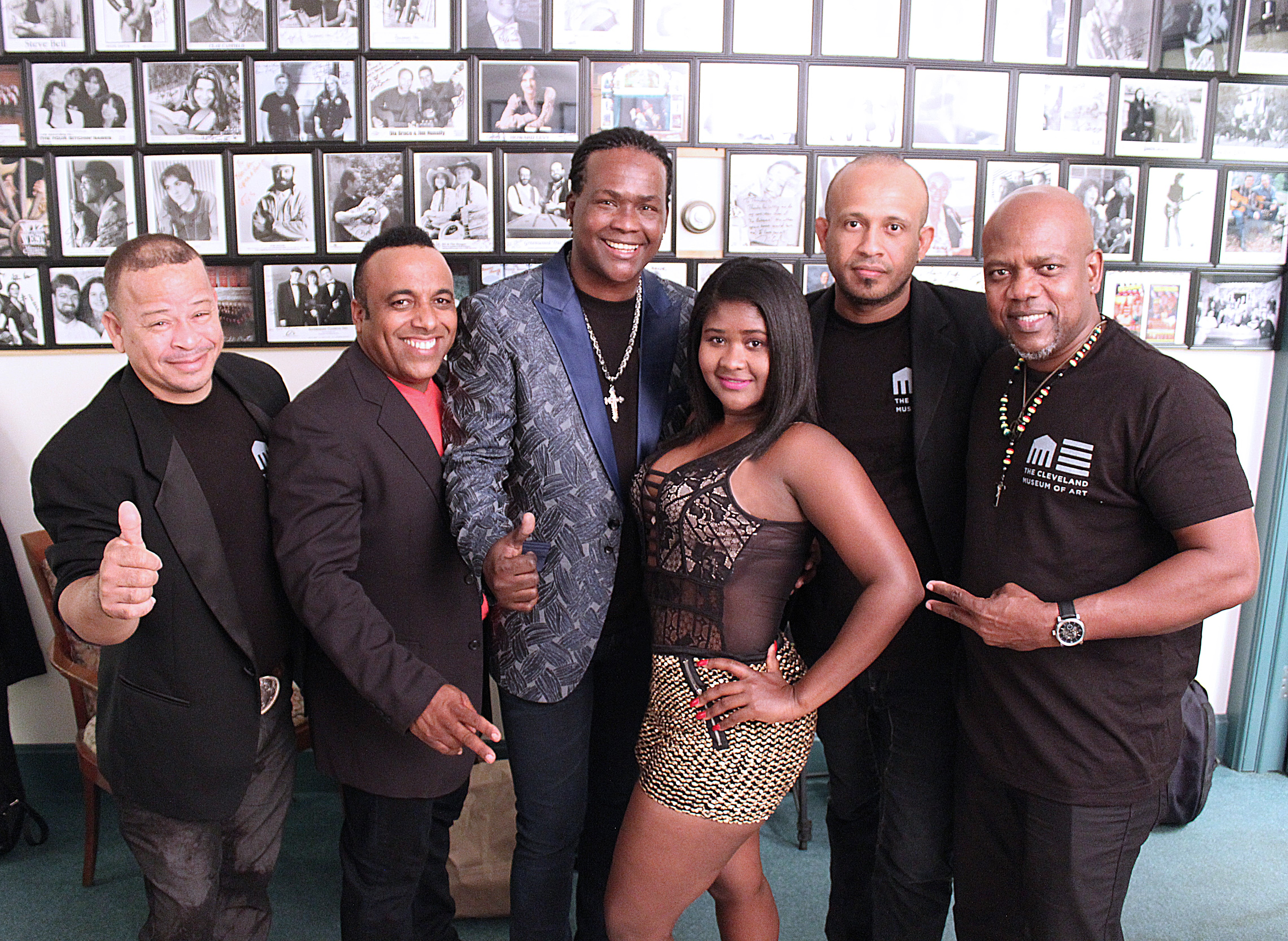 Joan Soriano with his band backstage