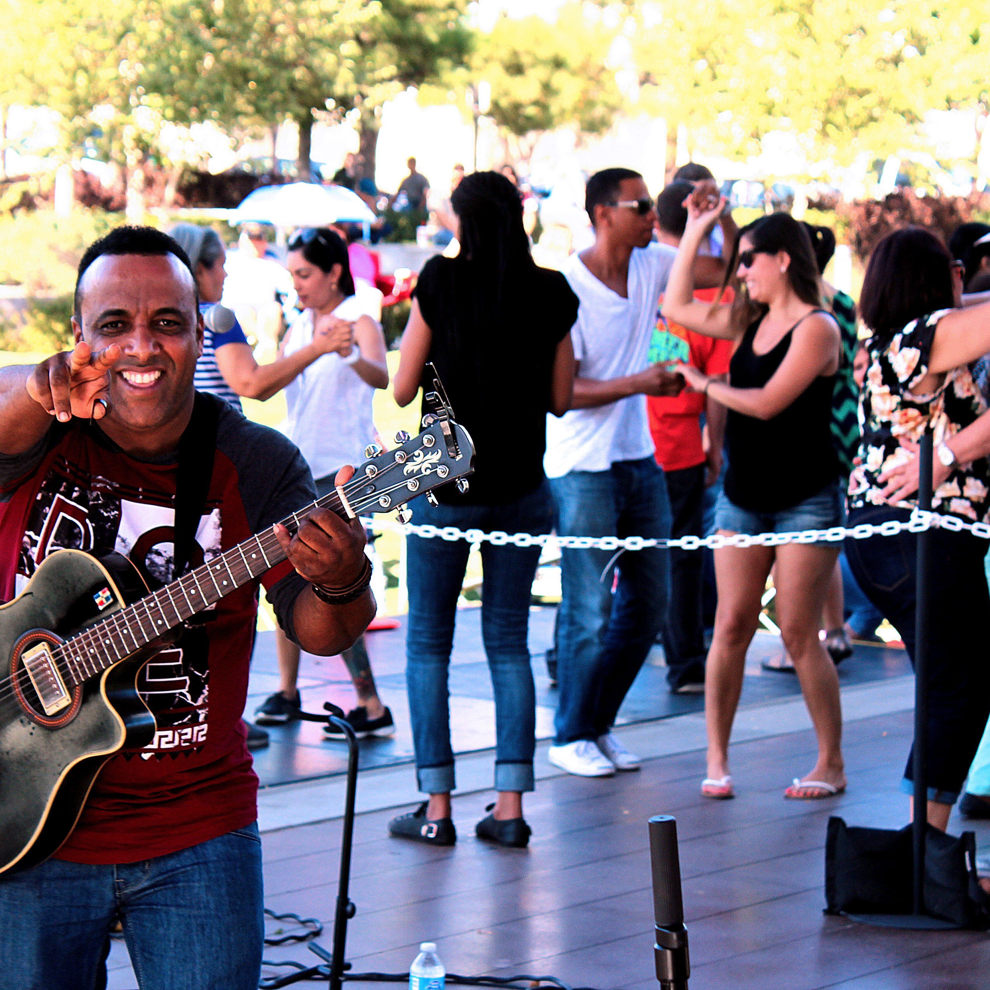 Joan Soriano rhythm guitar player Nicolas Frias