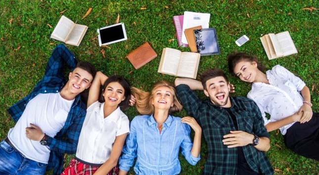 Important Gadgets That Students Should Try