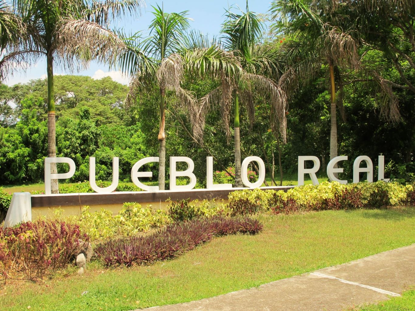 Lot for sale Tagaytay on House & Home Philippines