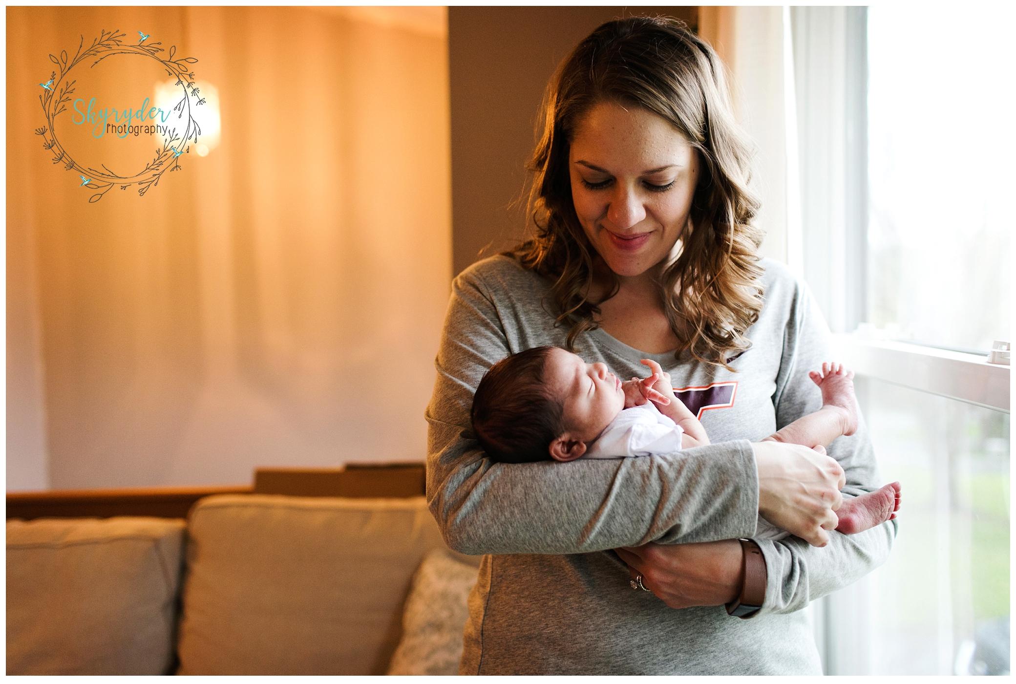 newborn maternity blacksburg photographer photography roanoke skyryder virginia