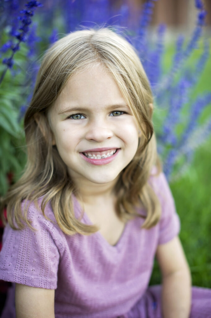portrait of little girl in Saratoga Springs NY