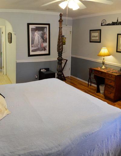 London Room | Little English Guesthouse B&B, Tallahassee, FL