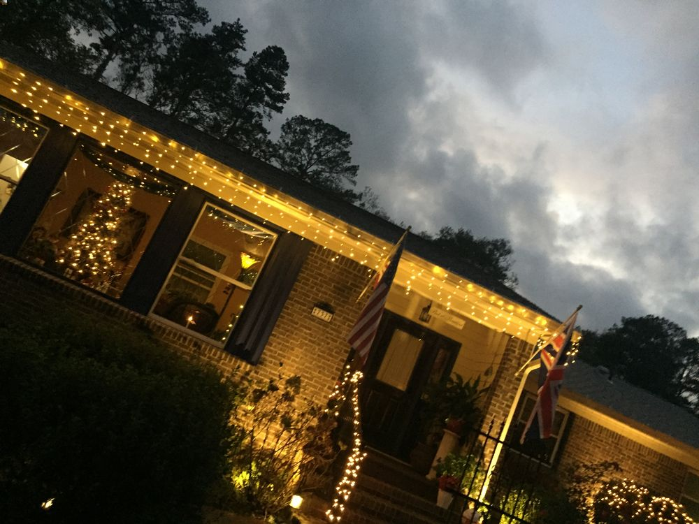 Indulge in a drive-by...moment of joy   Little English Guesthouse B&B, Tallahassee, FL