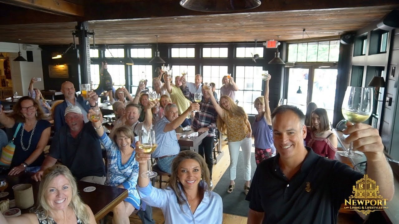 Midtown Oyster Bar with Charlie Holder & Newport Living and Lifestyles