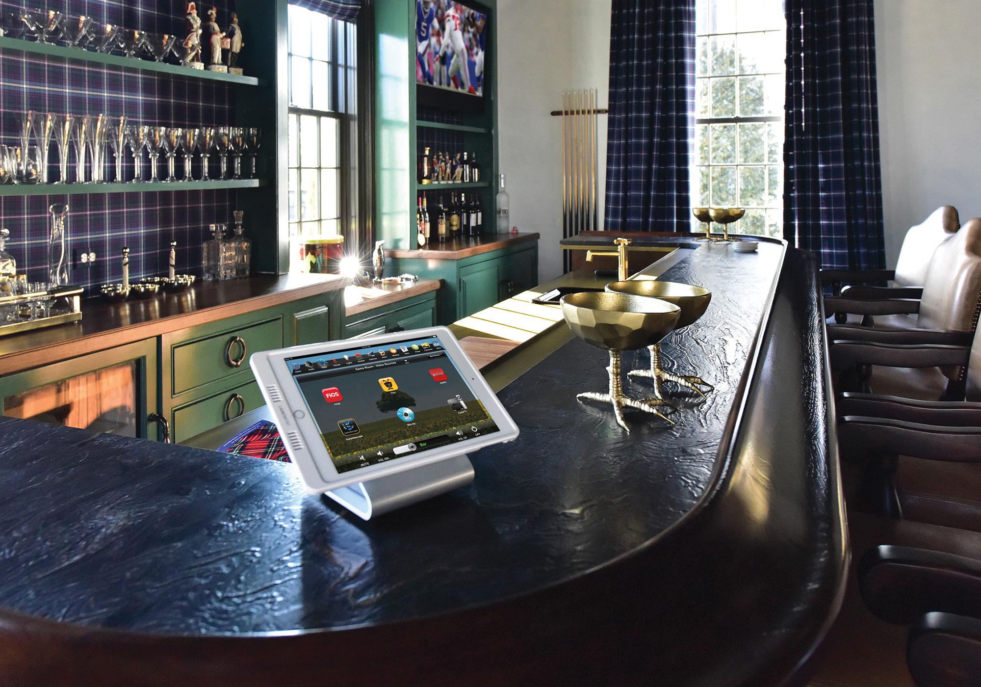 sport bar, touchscreen, tabletop touchscreen, video screen, tv