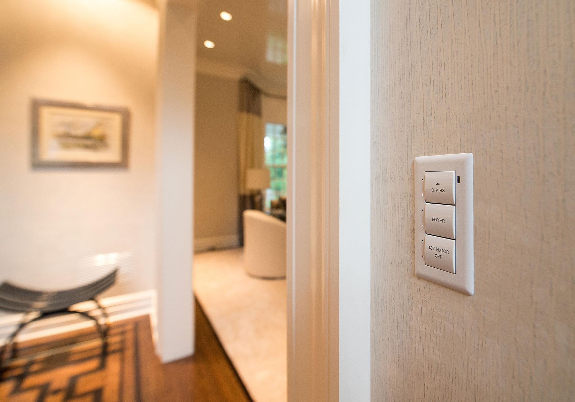 foyer, keypad, flush-mount keypad, presets