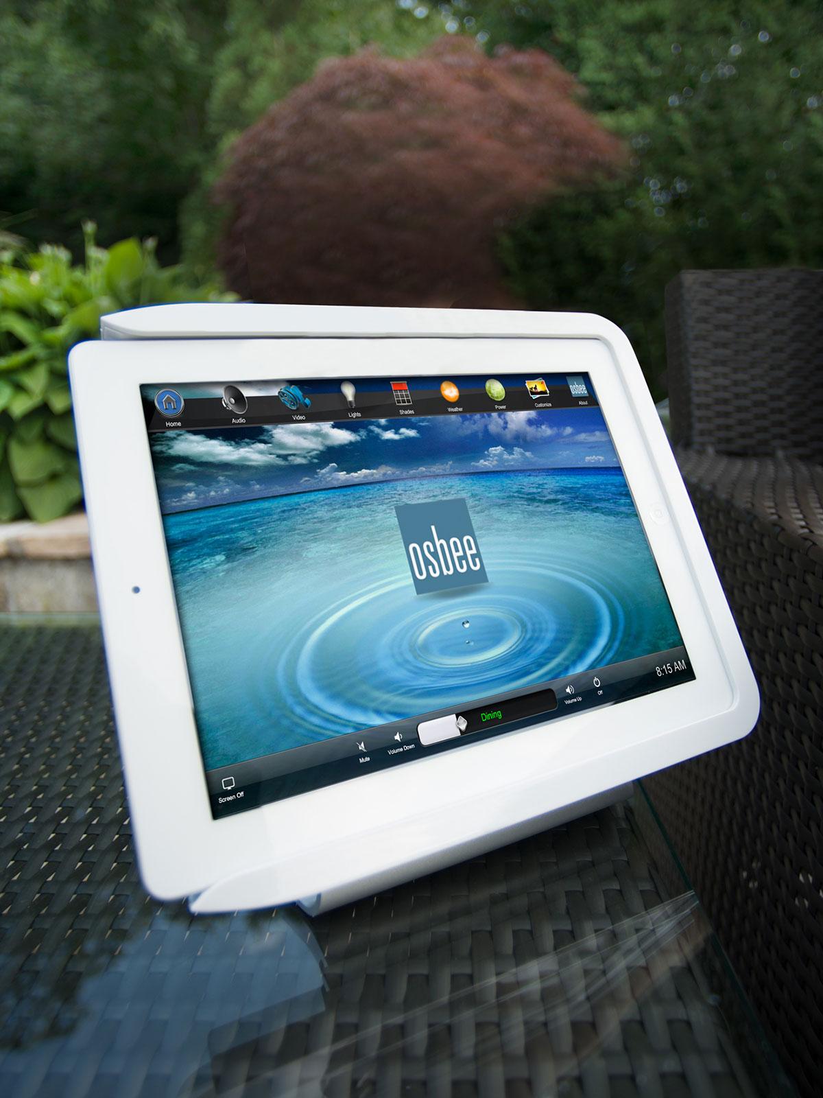 iPad, tabletop