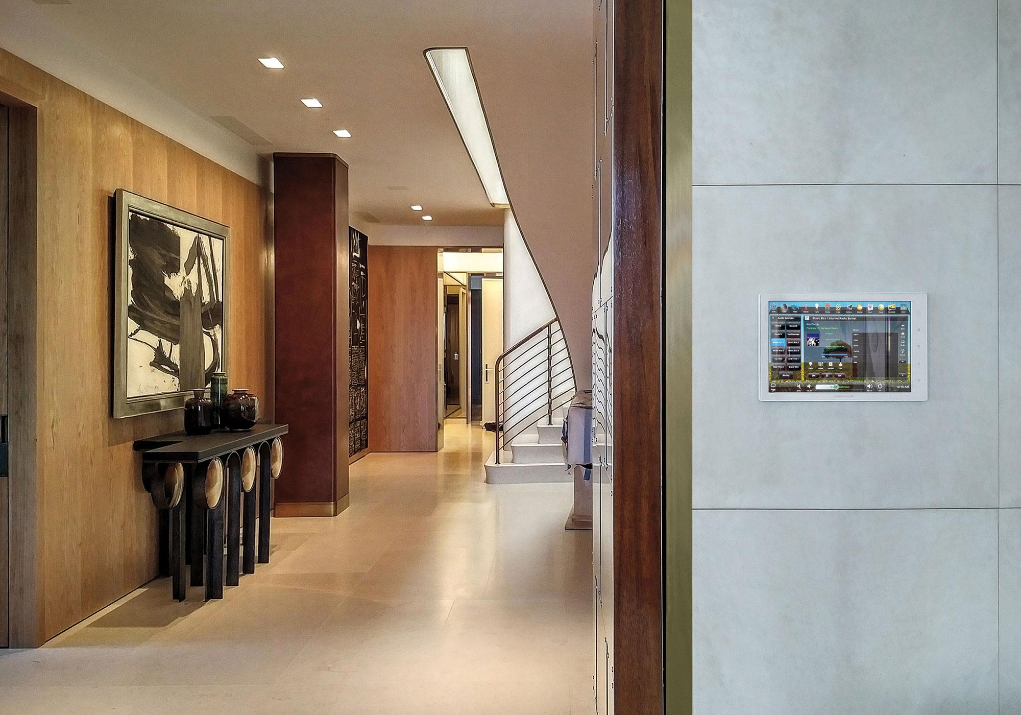 Foyer, touchscreen, wall-mount, wall-mount touchscreen