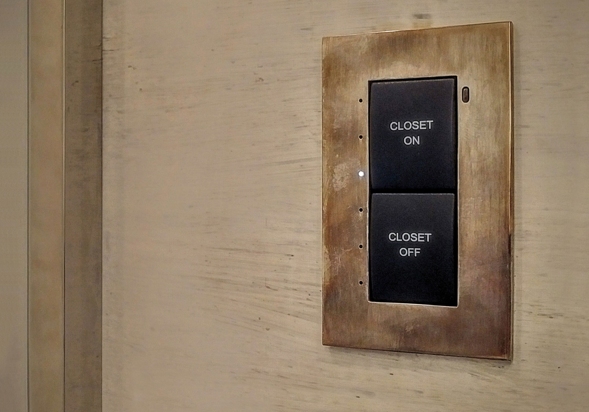 keypad, presets, brass