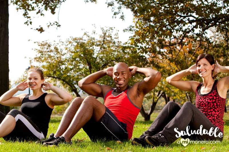 4 trucos para hacer abdominales correctamente