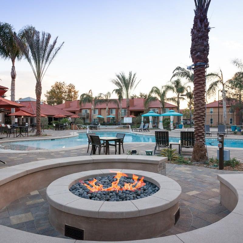 Corona Pointe Resort Outdoor Firepit