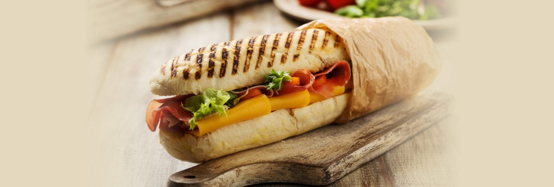 Sandwiches & Fixin's