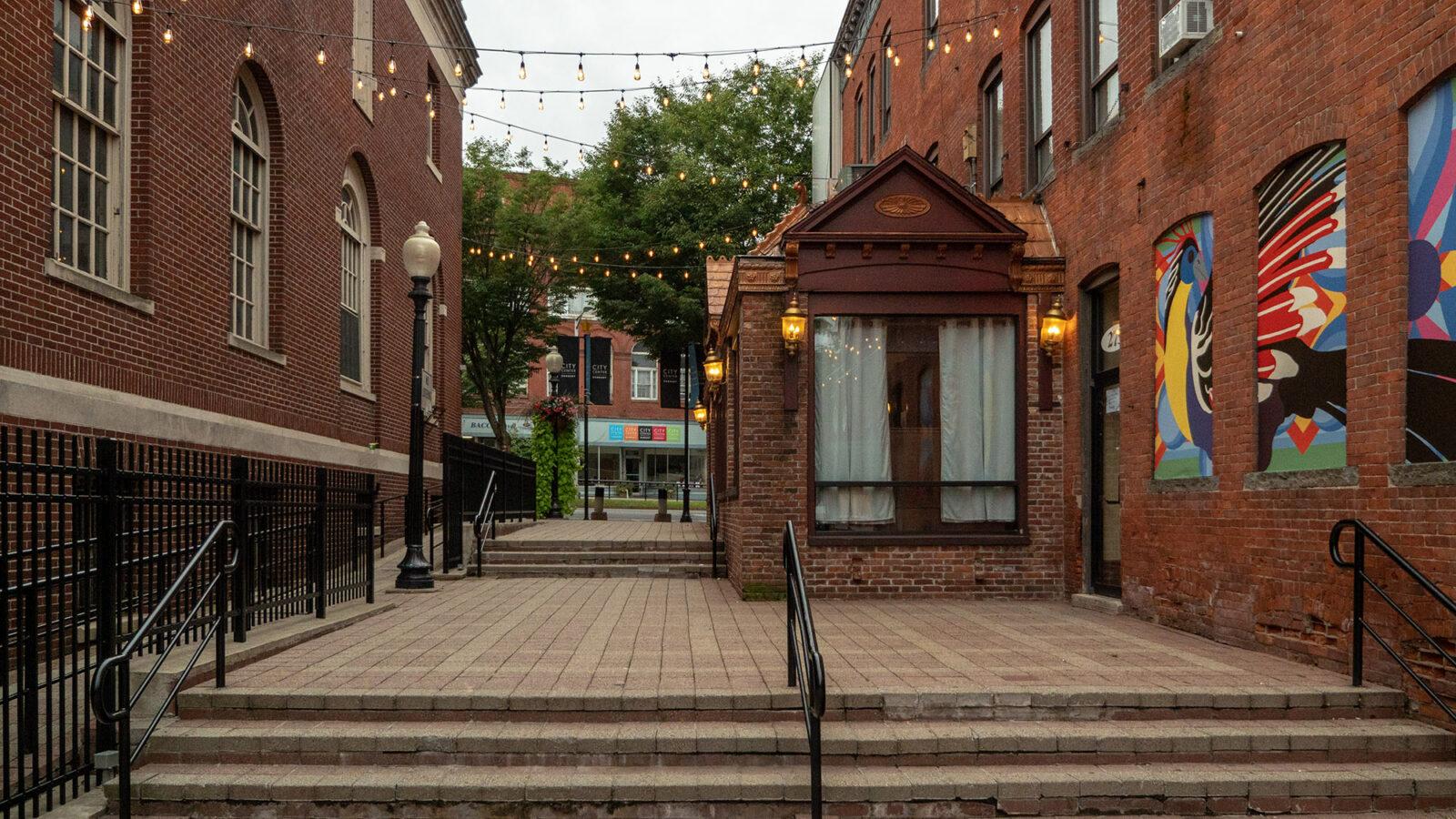 CityCenter Danbury Post Office Walkway