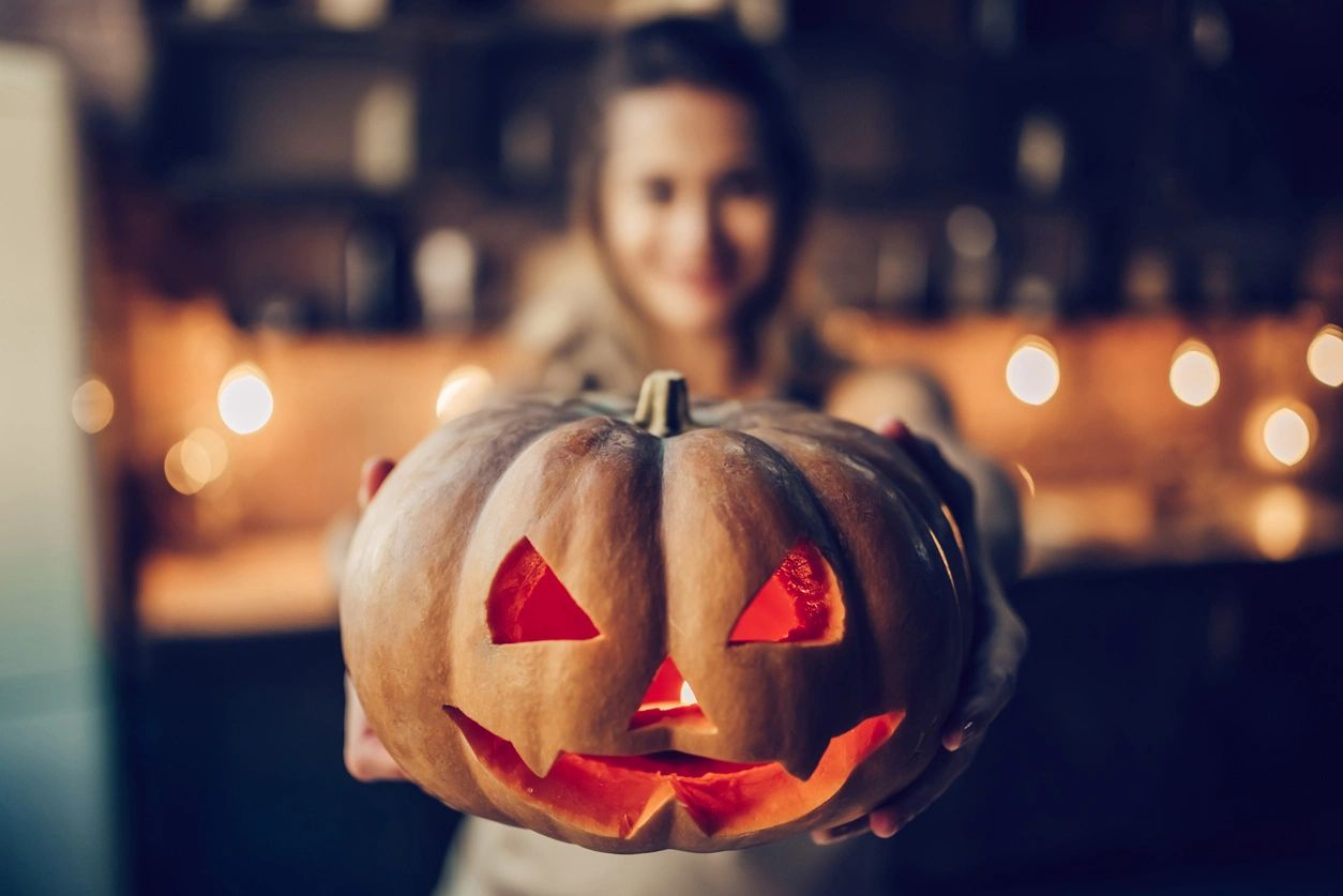 Shangri-La Halloween Contest