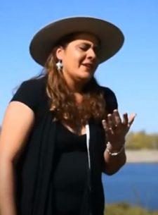 Si te falta amor - Yesica Quiroga, La Potrillita del Folklore