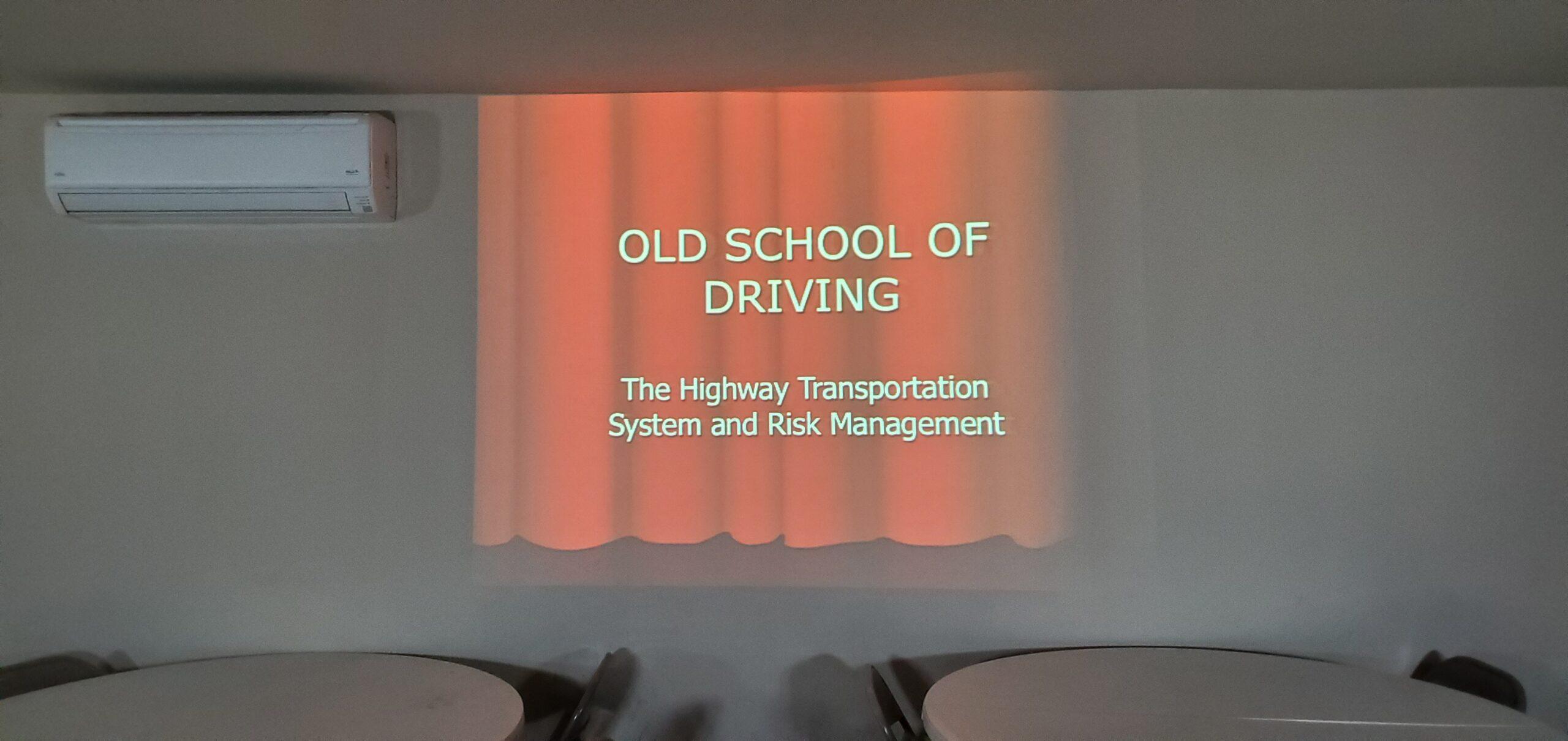 OLD SCHOOL CLASSROOM 005