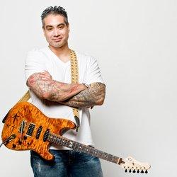 Electric Guitar Teacher in Miami