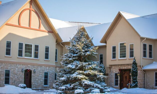 Romance on the Slopes at this Premier Galena Inn