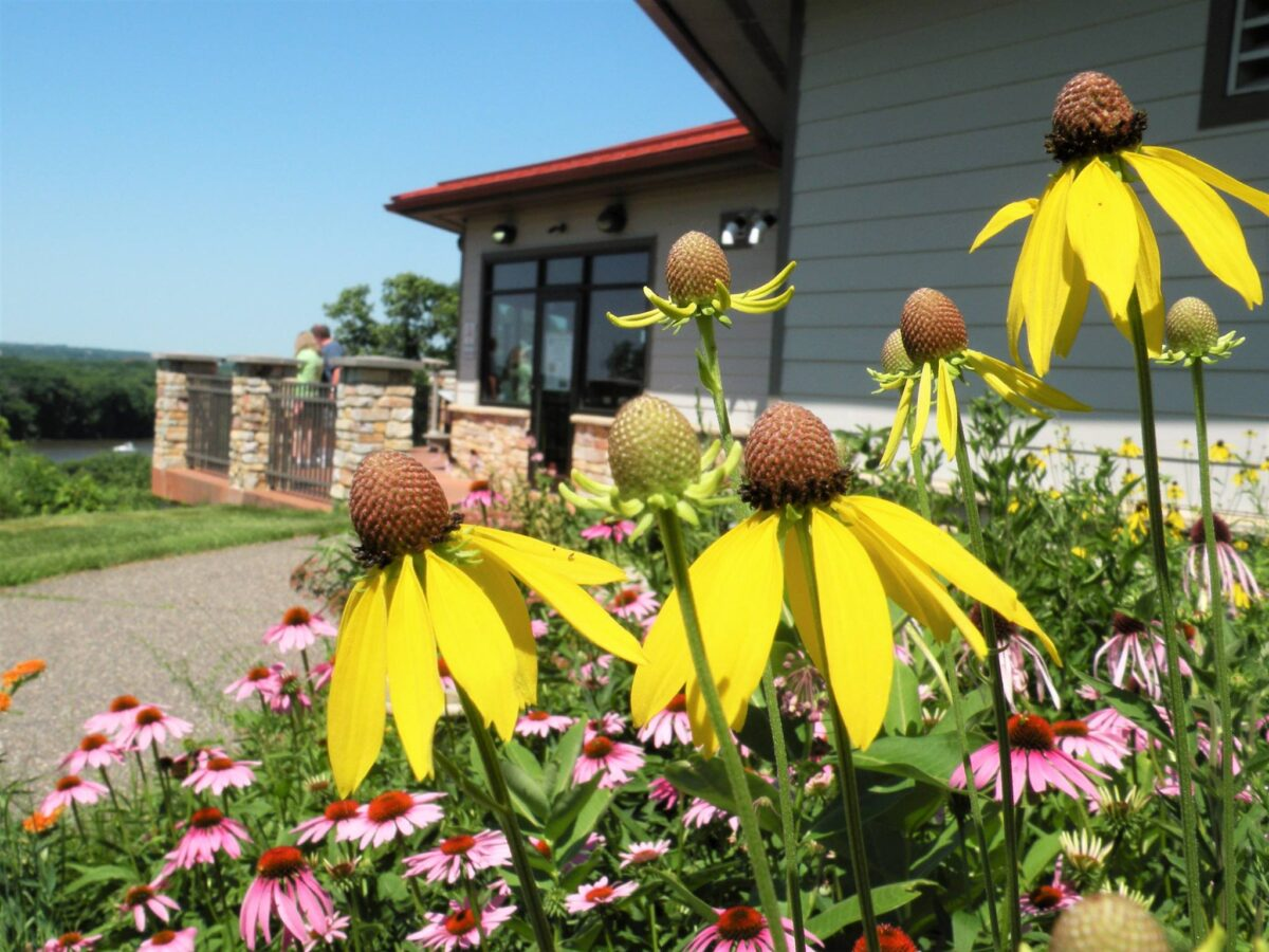 Great River Road Visitor & Learning Center | Prescott WI