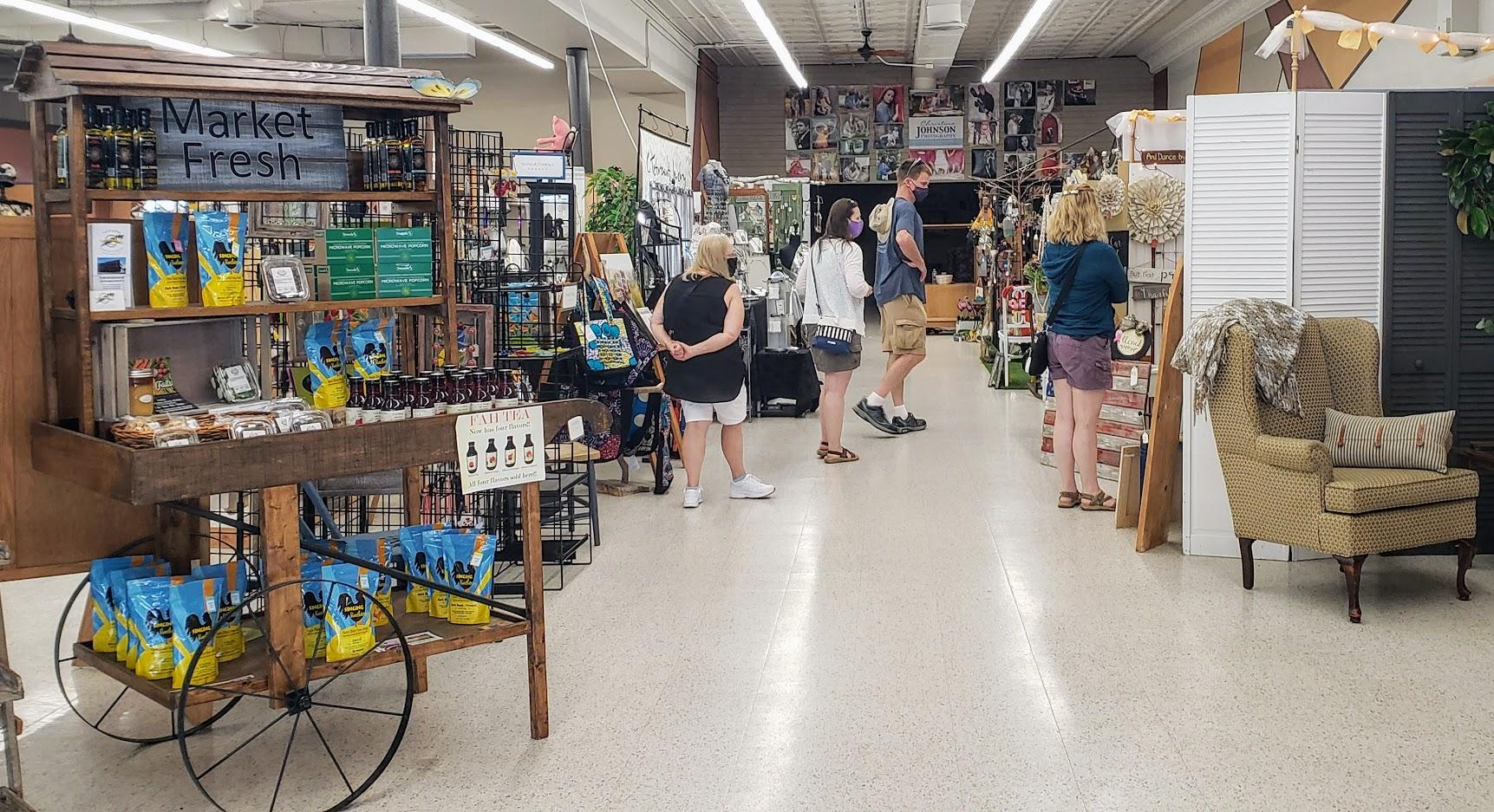Shoppes of Little Fall
