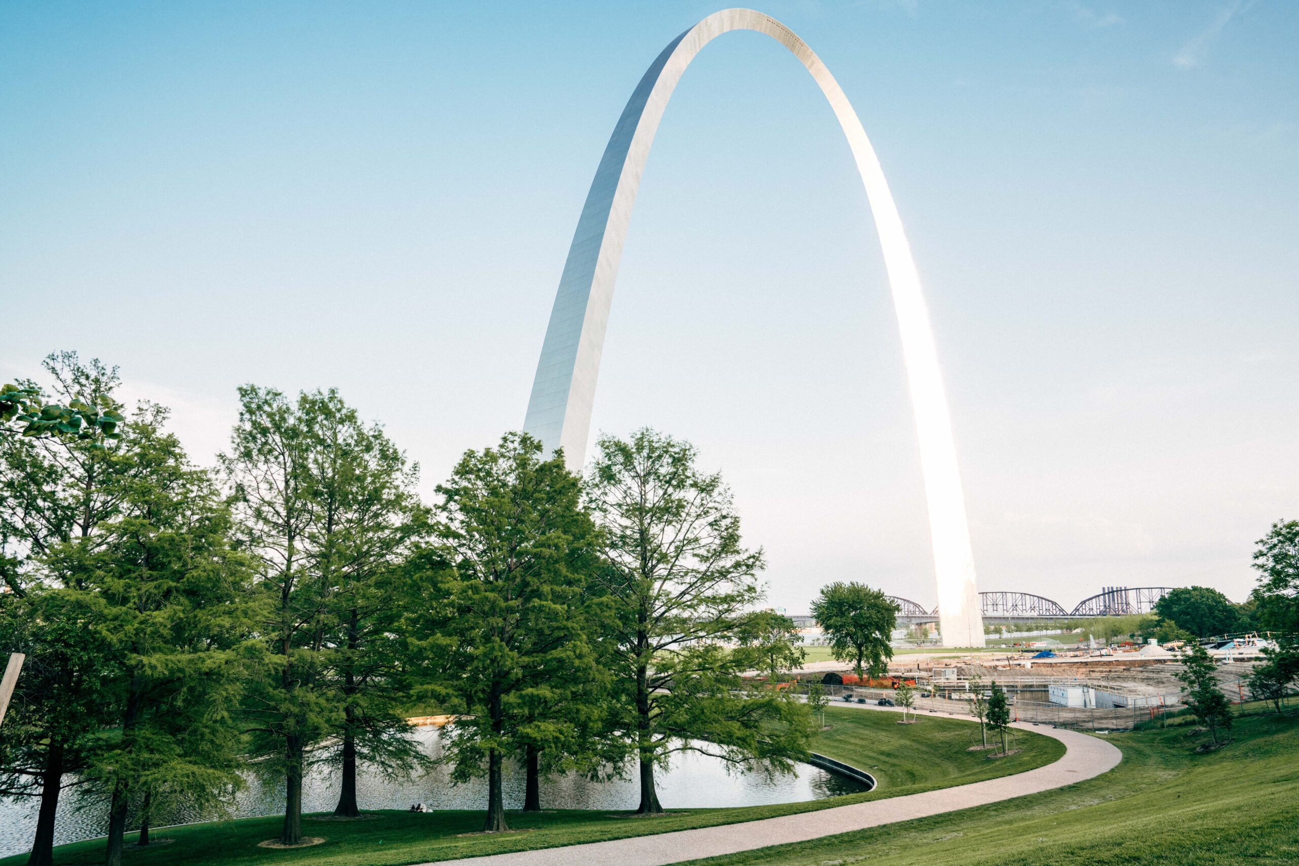 ly-throughs of the Gateway Arch