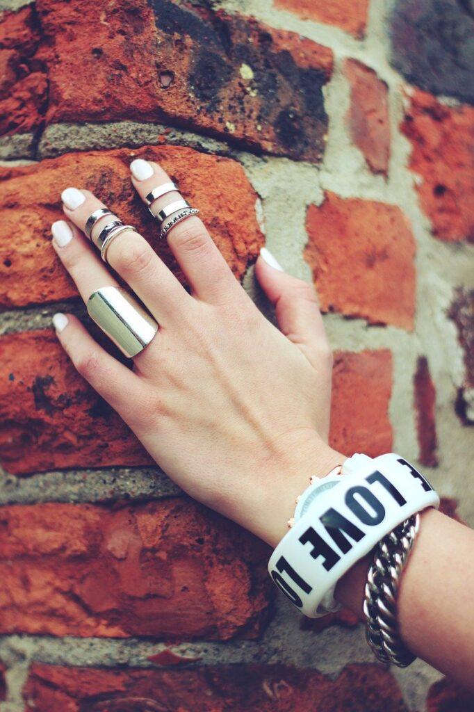 hand, bricks, ring