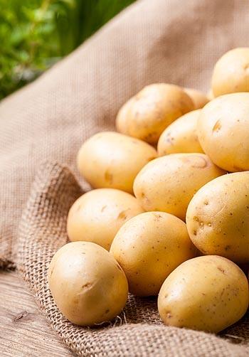 Mini Batatas legumes perfumados ao alho e ervas ao forno