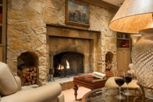 concierge-lounge-fireplace-and-wine-hugh-hargraves-01