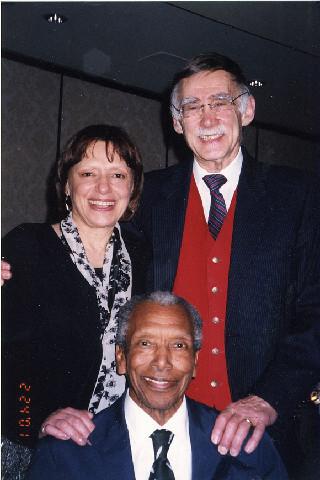 Ted Corbitt with Nina Kuscik and Vince Chiapetta