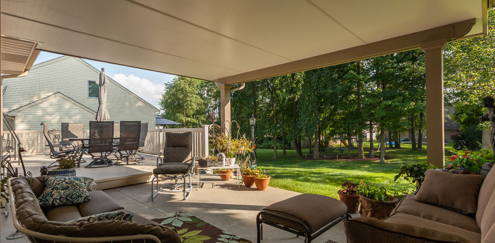 benefits of a patio roof