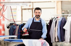 Benefits of using commercial laundry service