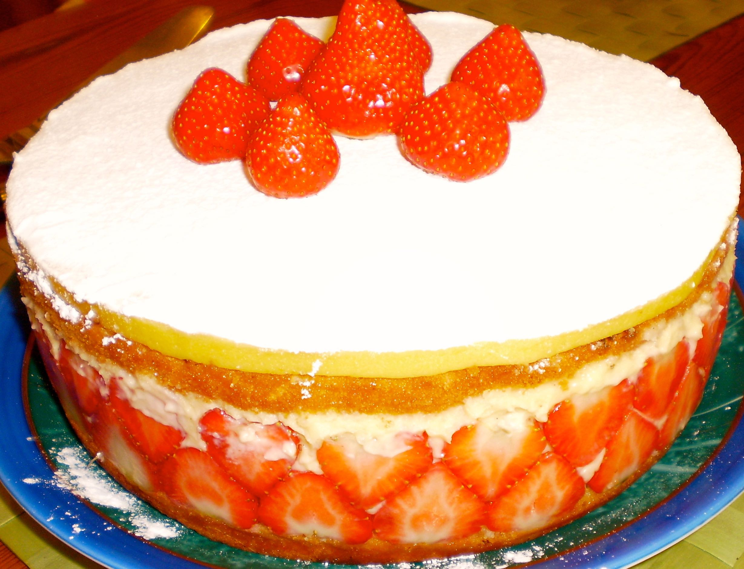 image of a fraisier - French Strawberry Cake
