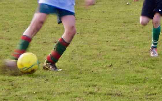 Je joue au football