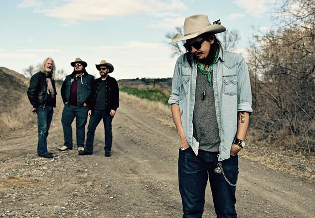 Tylor & the Train Robbers